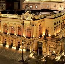 Theatro Municipal de São Paulo abre a temporada lírica 2015